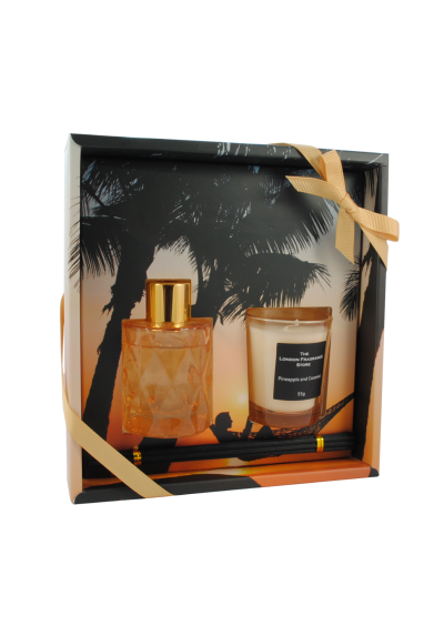 THE LONDON FRAGRANCE STORE - Beach Serenity - Luxury Scented Candle + Reed Diffuser Set - Quality Fragrance Oil - Pineapple and Coconut - Our Clever Wax Formula Lasts Longer - Quality Cotton Candle Wick